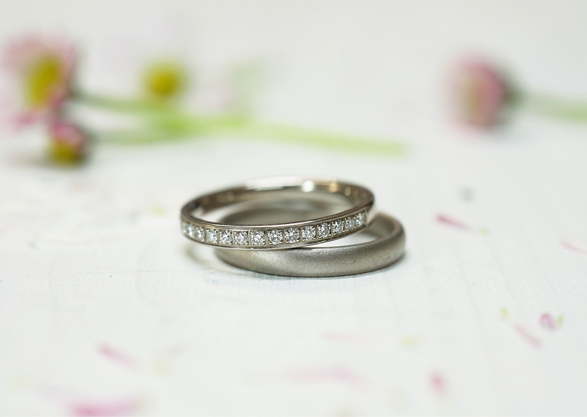 FINGERGLÜCK – schlichte Verlobungsringe mit Diamanten