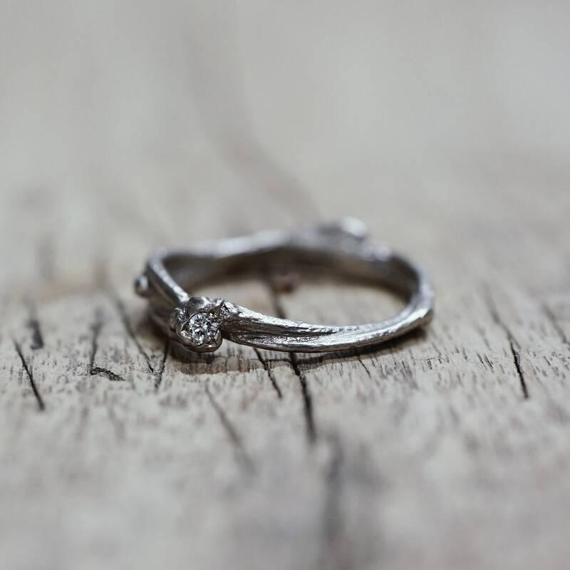 FINGERGLÜCK – Ringe aus Birkenzweigen